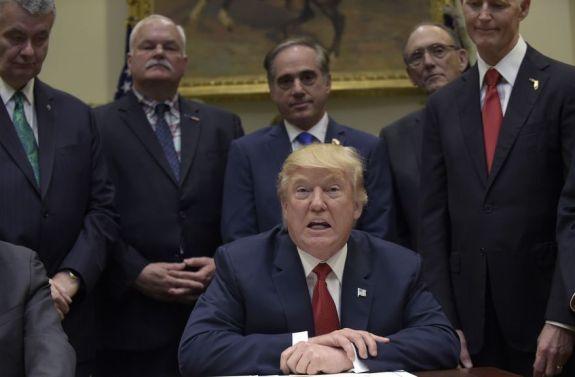 Trump_45037.jpg-8bac6_s878x577