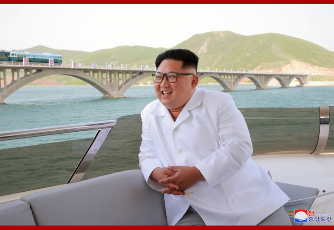 Hasil gambar untuk Kim Jong Un Inspects Completed Koam-Tapchon Railways