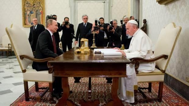Hasil gambar untuk Vladimir Putin meet Pope in Rome GIF